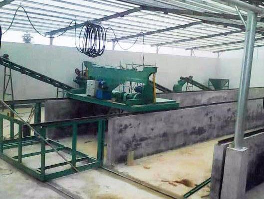 整槽发酵翻堆机